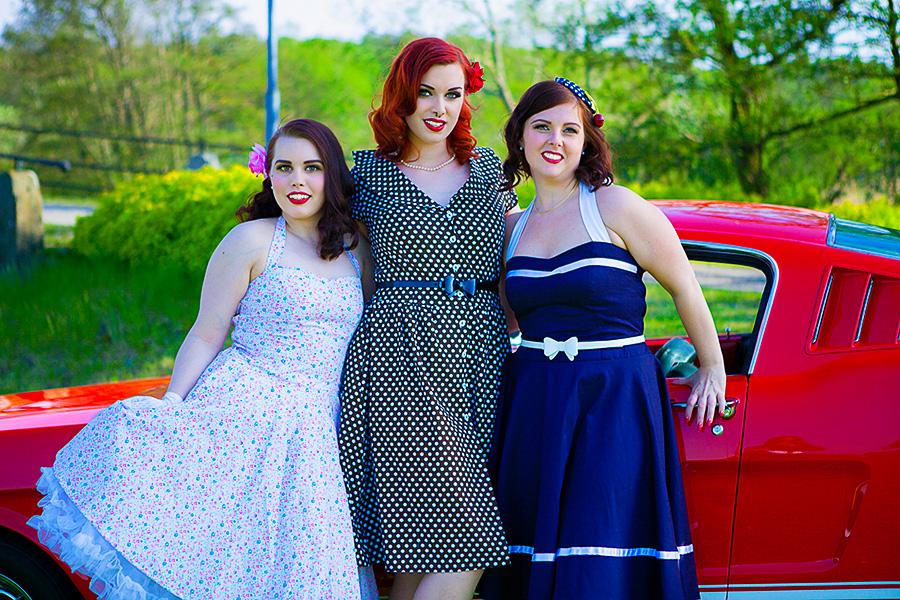 Evelina De Nets, Miss Mary Anne & Marie